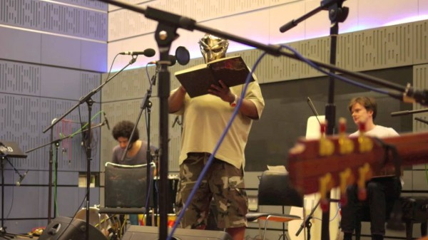 DOOM Performs JJ DOOM 'WINTER BLUES' Live On BBC Radio 4
